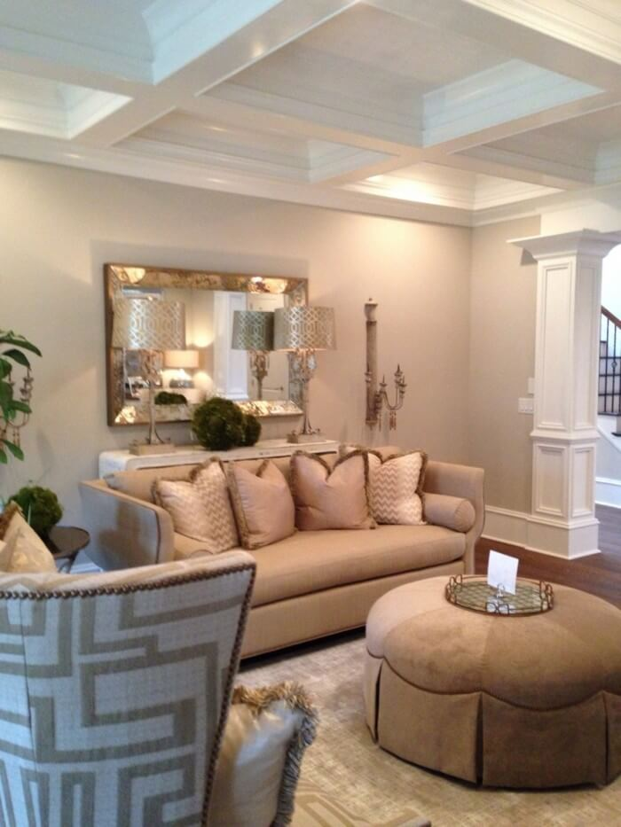salas modernas en color beige 14