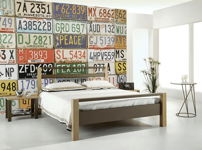 Interiores Únicos con Placas de Matrícula Reutilizadas