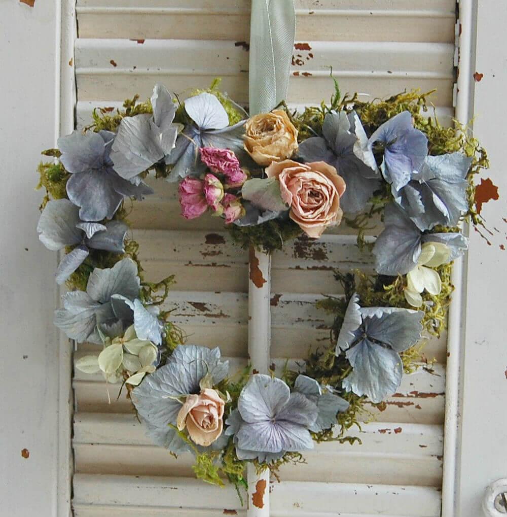 Ideas de Decoración Elegante y Rústico con Flores de Casa de Campo